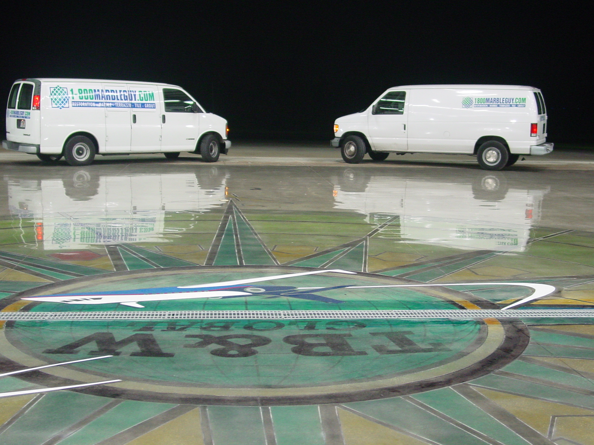Concrete floor cleaning polishing and restoration for Concrete floor cleaning contractors