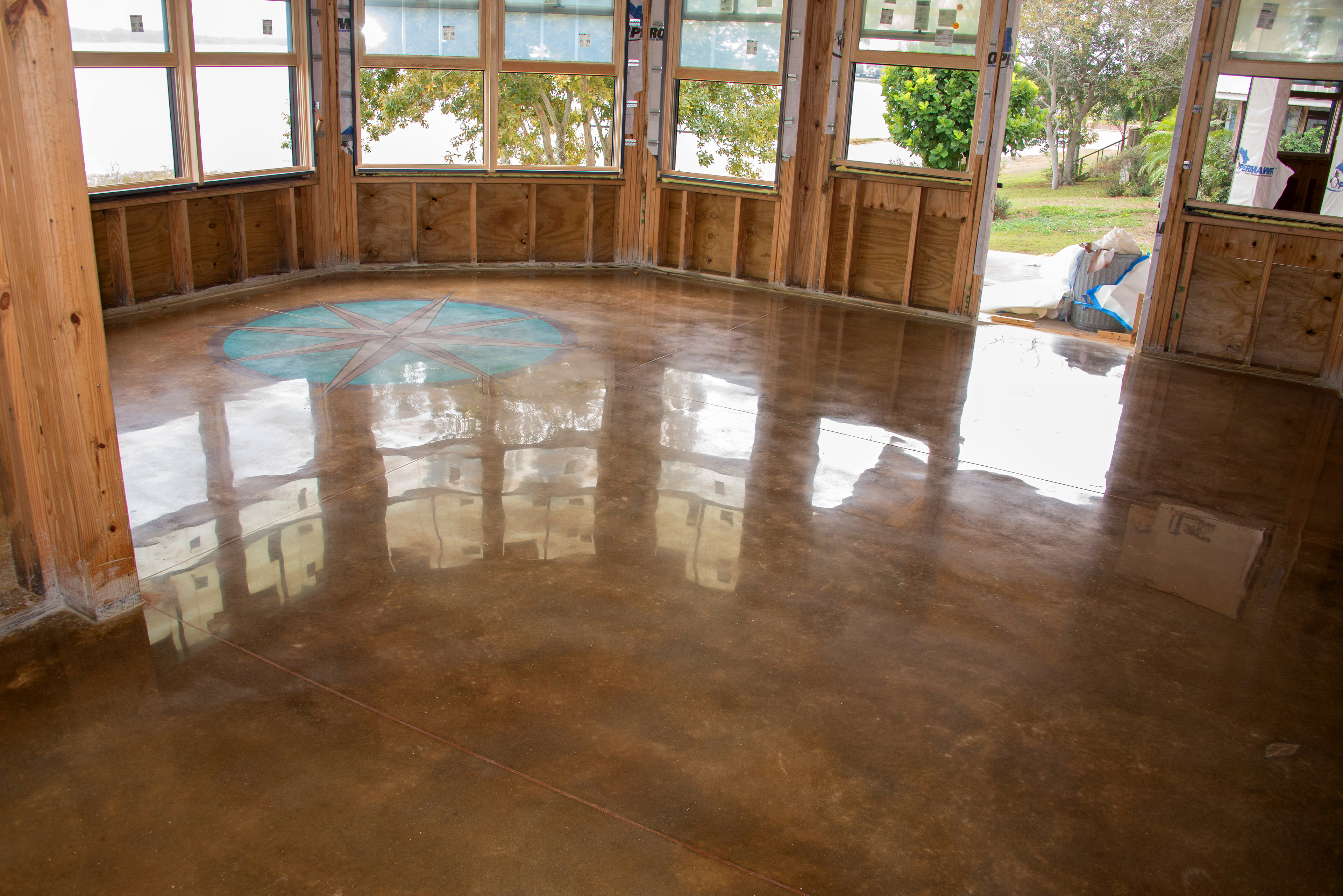 Custom Decorative and Artistic Polished Concrete Floors
